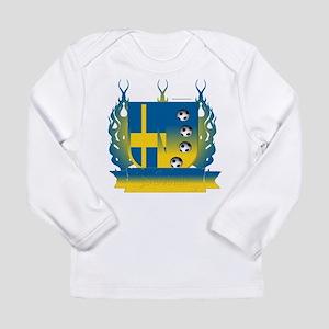 Sweden Soccer Shield3 Long Sleeve T-Shirt