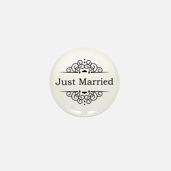 Just Married in Black Mini Button (10 pack)