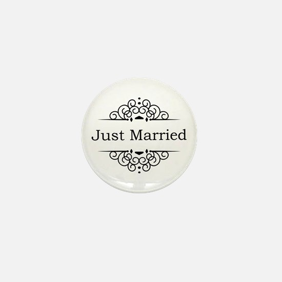 Just Married in Black Mini Button