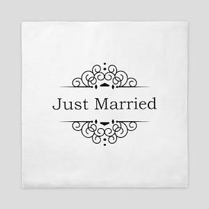 Just Married in Black Queen Duvet