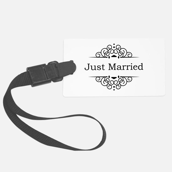 Just Married in Black Luggage Tag