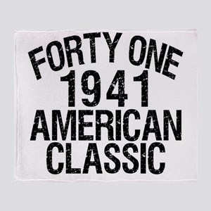 CLASSIC41a Throw Blanket