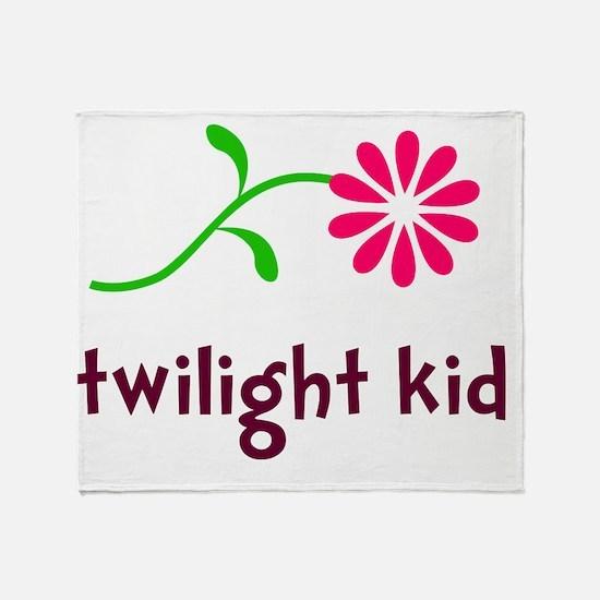 Flower TwiKid B Throw Blanket