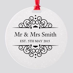 Custom Couples Name and wedding date Round Ornamen