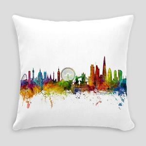 London England Skyline Everyday Pillow