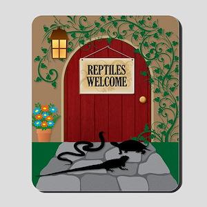 reptileswelcome5x8 Mousepad