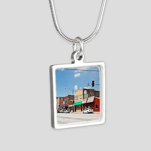 10Jul10_Garfield Ridge_140 Silver Square Necklace