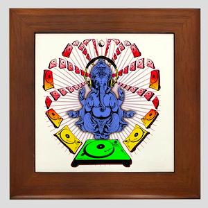 INFINIGROO-1111CNB Framed Tile