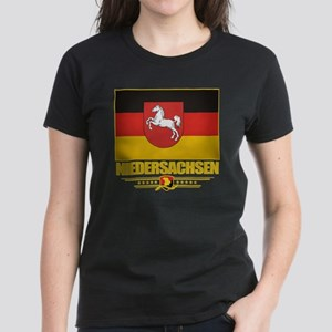 Niedersachsen (Flag 10) Women's Dark T-Shirt