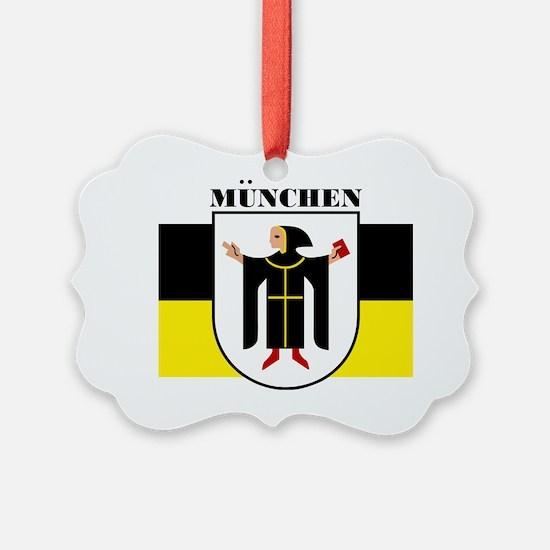 Munich (blk) Ornament