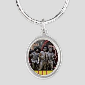 VT09 Silver Oval Necklace