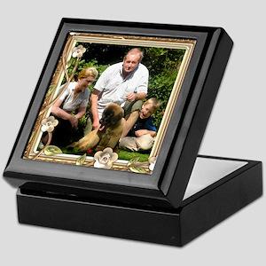 Personalizable Golden Flowers Frame Keepsake Box