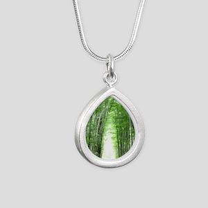 LigTun2.5x3.5SF Silver Teardrop Necklace