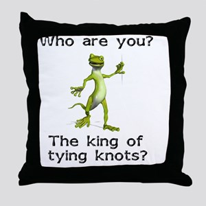 king-of-knots Throw Pillow