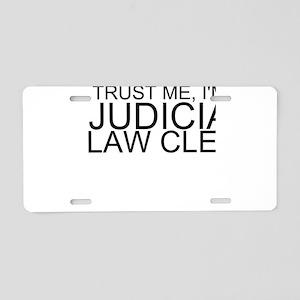Trust Me, I'm A Judicial Law Clerk Aluminum Li