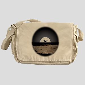 AC92 CP-T Messenger Bag
