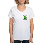 Kiss Me I'm Irish Hat Women's V-Neck T-Shirt