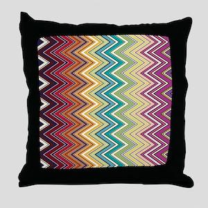 zigzag-horizontal Throw Pillow