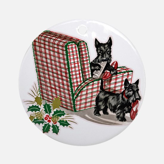 Scottish Terrier Christmas Round Ornament