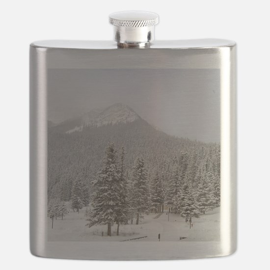 Canada, Alberta, Lake Louise. Farimont Chate Flask
