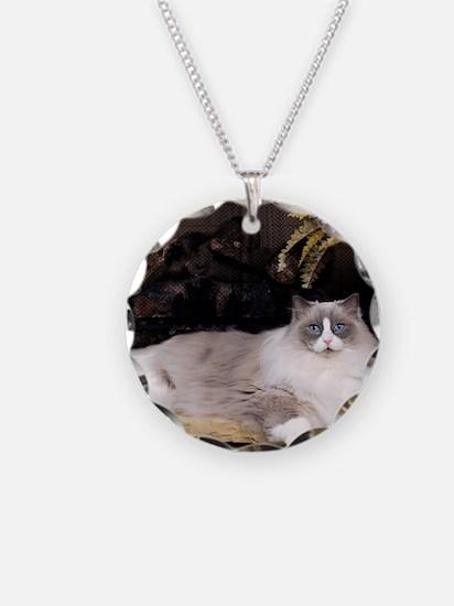 H Sammy fireplace Necklace