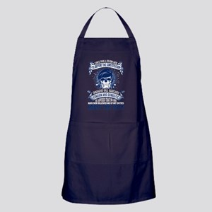 How To Become A Veteran T Shirt Apron (dark)