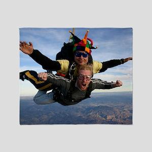 Skydive 12 Throw Blanket