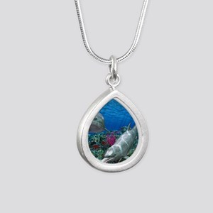 oceanworld_368_V_F Silver Teardrop Necklace