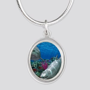 oceanworld_368_V_F Silver Oval Necklace