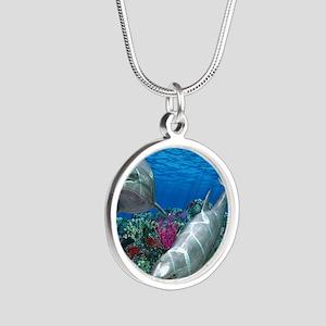 oceanworld_368_V_F Silver Round Necklace