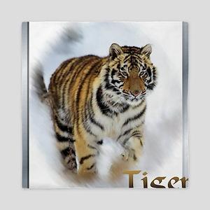 tiger stalking Queen Duvet