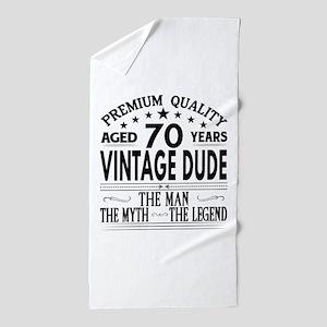 VINTAGE DUDE AGED 70 YEARS Beach Towel