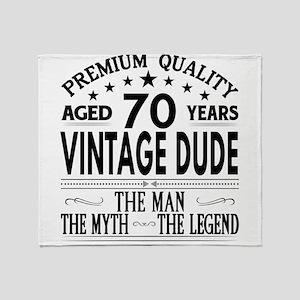 VINTAGE DUDE AGED 70 YEARS Throw Blanket