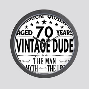 VINTAGE DUDE AGED 70 YEARS Wall Clock