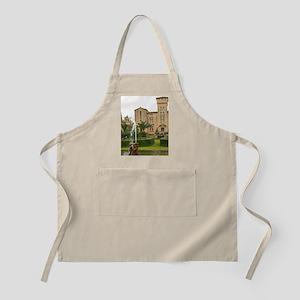 Chateau St Martin de la Garrigue. Languedoc. Apron