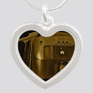 AIRSTREAM CEPIA Silver Heart Necklace
