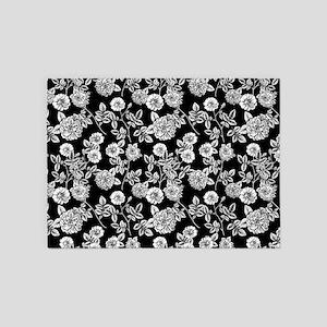 Black | White Vintage Floral Patter 5'x7'Area Rug
