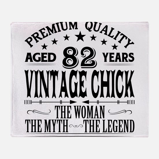 VINTAGE CHICK AGED 82 YEARS Throw Blanket