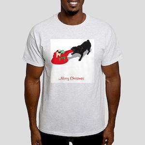 PugPullingBag Light T-Shirt