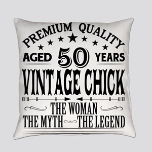 VINTAGE CHICK AGED 50 YEARS Everyday Pillow
