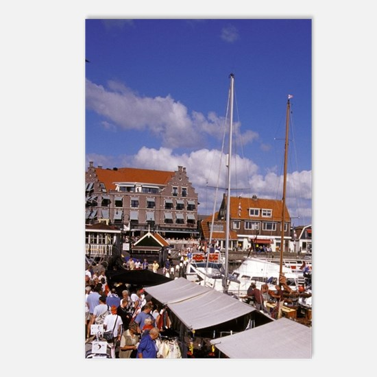 Volendam. Tourists crowd  Postcards (Package of 8)