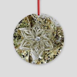 SPARKLING GOLD STAR. Ornament (Round)