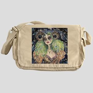 Irisa Messenger Bag
