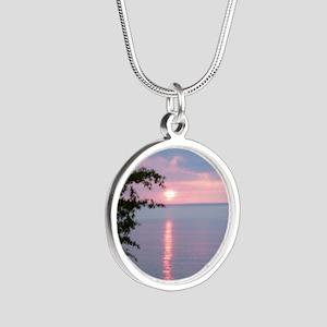 LKSu1010 Silver Round Necklace