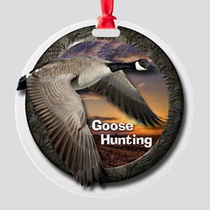 Goose Hunting Round Ornament