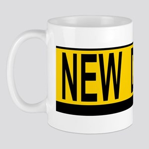 New Drv 527_H_F bus yellow Mug