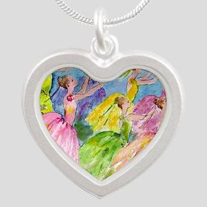 flowerdsqua. Silver Heart Necklace