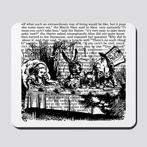 alice-vintage-border_bw_9x9 Mousepad