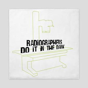 (XL) Radiographers Do It In the Dark C Queen Duvet