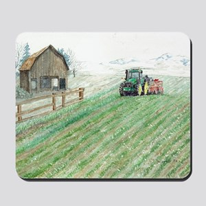 Tractor, Barn  Snow Mousepad